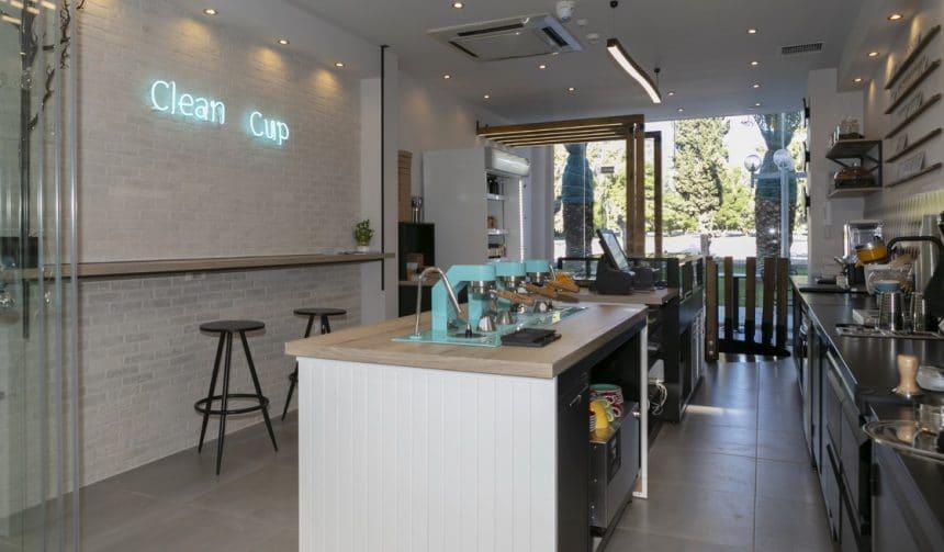 """Καφετέρια """"Clean Cup"""" στη Βουλιαγμένη"""